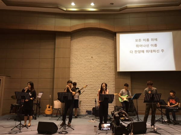 Jubilee Worship Thursday Gathering: 'Love Is Strong As Death'