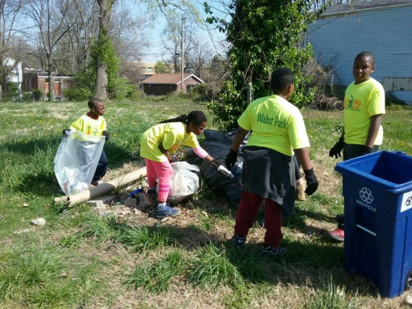 Jubilee World HQ Hosts Community Cleaning Event