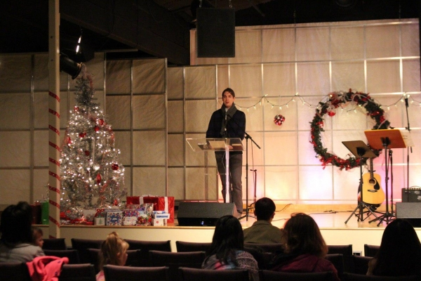 Nashville's Christmas Jubilee Night Follows The Star Of Bethlehem, Bringing Gifts, Joy