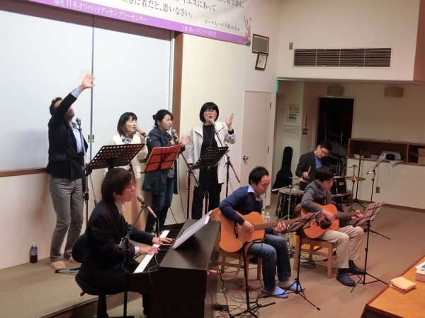 Jubilee Japan Held Praise Worship in Japan Easter Retreat